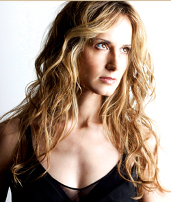 Chely Wright  Photo: Michael Granberry & Laura Crosta, via QSyndicate