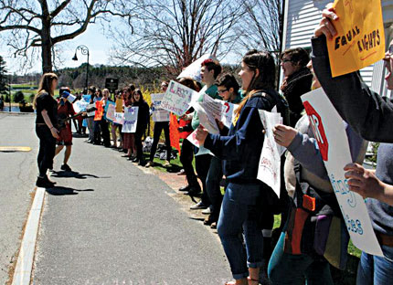 Students and activists protest admissions policies at Smith College  Photo: Jenny Perrin